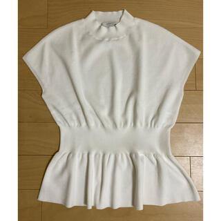 ANAYI - 美品♡ANAYIウエストペプラムフレンチスリーブニット・白♡36サイズ