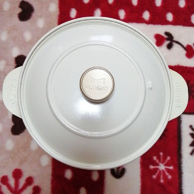 I.D.E.A international(イデアインターナショナル)のグリルポット 鍋 ブルーノ BRUNO フライパン 土鍋  料理 スマホ/家電/カメラの調理家電(調理機器)の商品写真