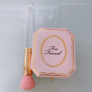 Too Faced - too faced ハイライター & ブラシ セット