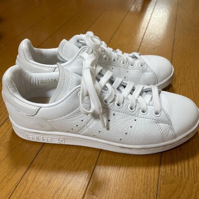 adidas(アディダス)のアディダス スタンスミス⭐︎23.5cm レディースの靴/シューズ(スニーカー)の商品写真
