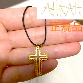 アーカー(AHKAH)のAHKAH HOMME ハワイアンクロスネックレス アーカー(ネックレス)
