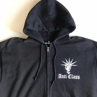 アンチクラス(Anti Class)のANTI CLASS RIP CLEAR SOBUT motty radiots(パーカー)