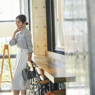 JUSGLITTY - JUSGLGTTY 麻調サイドデザインタイトスカート