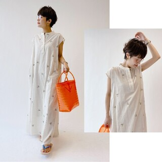 Spick and Span - 値下げ U by SPICK&SPAN embroidery dress 2
