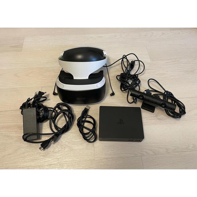 PlayStation VR(プレイステーションヴィーアール)のPSVR本体 カメラ同梱版 エンタメ/ホビーのゲームソフト/ゲーム機本体(家庭用ゲーム機本体)の商品写真