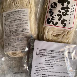 feen様   讃岐うどんの名店やまうちの生うどん2袋出汁付き(麺類)