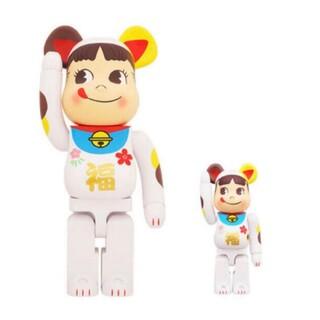 BE@RBRICK 招き猫 ペコちゃん 福 100% & 400%(フィギュア)