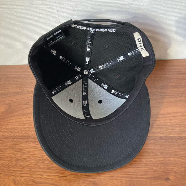 Ron Herman(ロンハーマン)の週末限定値下げ ロンハーマン×ニューエラ★キャップ 美品 メンズの帽子(キャップ)の商品写真