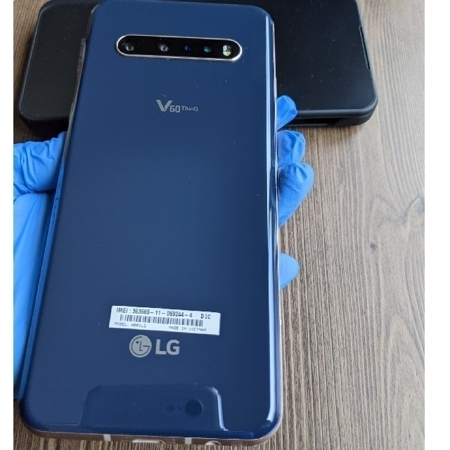LG Electronics(エルジーエレクトロニクス)のlg V60 Thinq 5G スマホ/家電/カメラのスマートフォン/携帯電話(スマートフォン本体)の商品写真