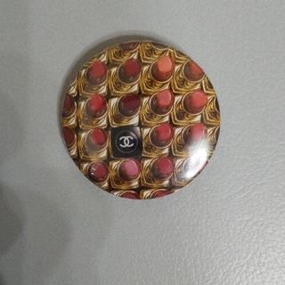 シャネル(CHANEL)の【最終お値下】CHANEL シャネル コスメ ノベルティ 缶バッジ ココマーク(ブローチ/コサージュ)