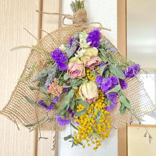 ミモザと薔薇、スターチスのスワッグ 花束 ドライフラワー(ドライフラワー)