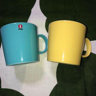 イッタラ(iittala)のフィンランド製 イッタラ ティーマ    ターコイズ&イエロー マグ マグカップ(食器)