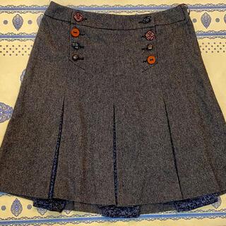 イブルース(IBLUES)のスカート(クリーニング済)(ひざ丈スカート)