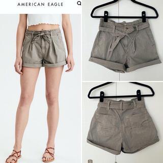 アメリカンイーグル(American Eagle)のアメリカンイーグル ショートパンツ カーキ リボン(ショートパンツ)