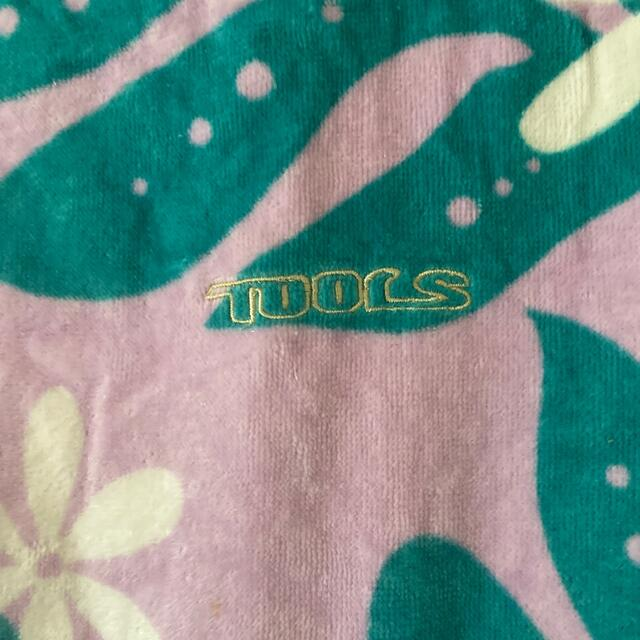 TOOLS(ツゥールズ)のtools サーフィン タオルポンチョ スポーツ/アウトドアのスポーツ/アウトドア その他(サーフィン)の商品写真