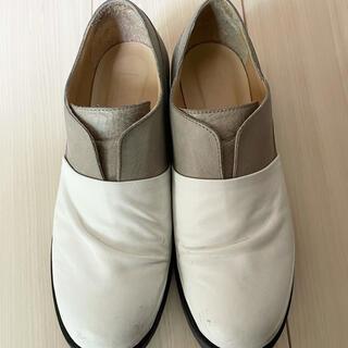エムエムシックス(MM6)のMM6 MaisonMargiera メゾンマルタンマルジェラローファー 靴(ローファー/革靴)