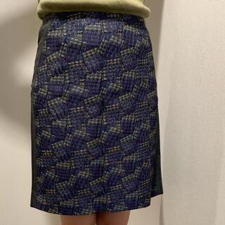 アルティザン(ARTISAN)の柄スカート(ひざ丈スカート)