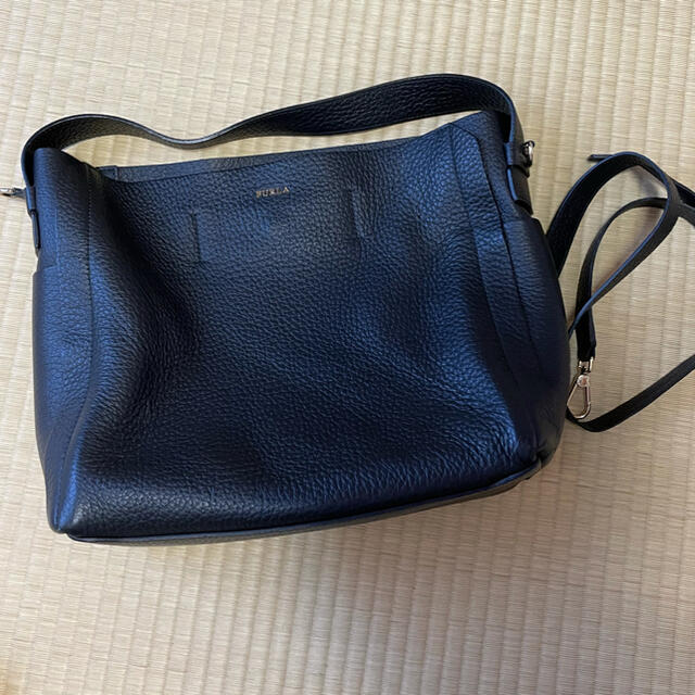 Furla(フルラ)のフルラ カプリッチョ ホーボーバッグ レディースのバッグ(トートバッグ)の商品写真