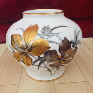 オオクラトウエン(大倉陶園)の大倉陶園 花器 花瓶 壺(花瓶)