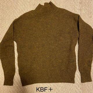 ケービーエフプラス(KBF+)のKBF+ ニット(ニット/セーター)
