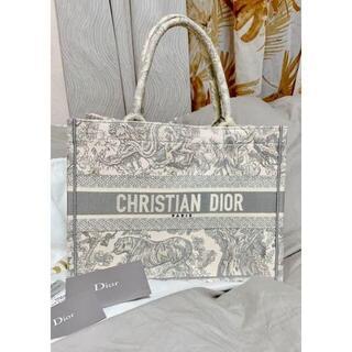 Christian Dior - DIOR BOOK TOTEトワル ドゥ ジュイ エンブロイダリー ディオール