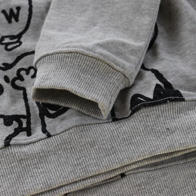 SNOOPY(スヌーピー)の即購入大歓迎☆スヌーピー トレーナー100㎝☆新品未使用タグなし キッズ/ベビー/マタニティのキッズ服男の子用(90cm~)(Tシャツ/カットソー)の商品写真