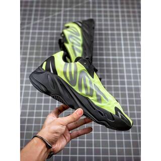 アディダス(adidas)の新ADIDAS YEEZY BOOST 700 28CM(スニーカー)