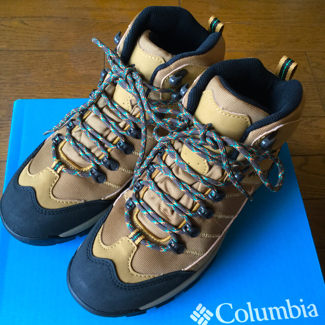 Columbia(コロンビア)の最終値下【透湿防水】コロンビア トレッキングシューズ 24.5cm スポーツ/アウトドアのアウトドア(登山用品)の商品写真