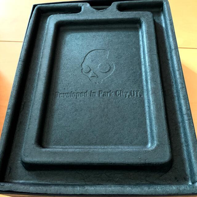 Skullcandy(スカルキャンディ)のヘッドホン【スカルキャンディ】Skullcandy KNOCKOUT スマホ/家電/カメラのオーディオ機器(ヘッドフォン/イヤフォン)の商品写真