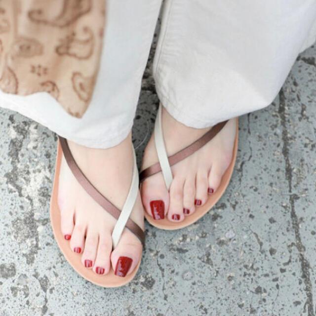 UNITED ARROWS(ユナイテッドアローズ)のPLAKTON プラクトン サンダル ゴールド x カーキ36 レディースの靴/シューズ(サンダル)の商品写真