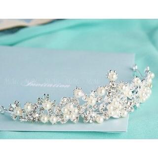 新品☆パールティアラ ヘッドドレス ウェディング 髪飾り ブライダル 結婚式(ウェディングドレス)