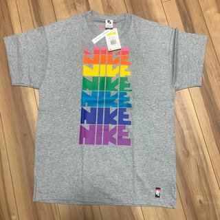 ナイキ(NIKE)のNIKE ナイキ BE TRUE Gilbert Baker ビートゥルー(Tシャツ/カットソー(半袖/袖なし))