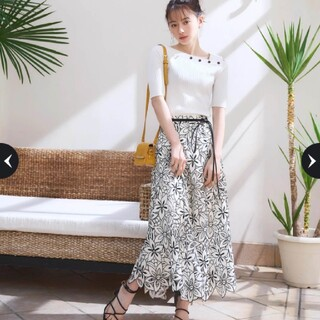 Rirandture - 【新品未使用タグ付き】リランドチュール⭐今期新作・配色レースフレアスカート