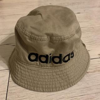 アディダス(adidas)のバケットハット(ハット)