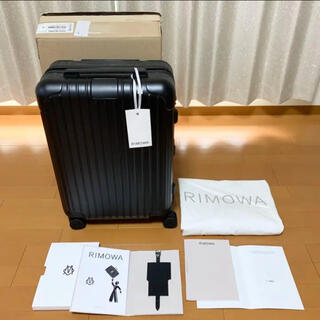 RIMOWA - 新品 RIMOWA リモワ エッセンシャル キャビン 34L 機内 4輪