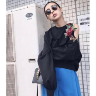 Ameri VINTAGE - 新品❗️Ameri VINTAGE FLOWER PATCH SWEAT TOP