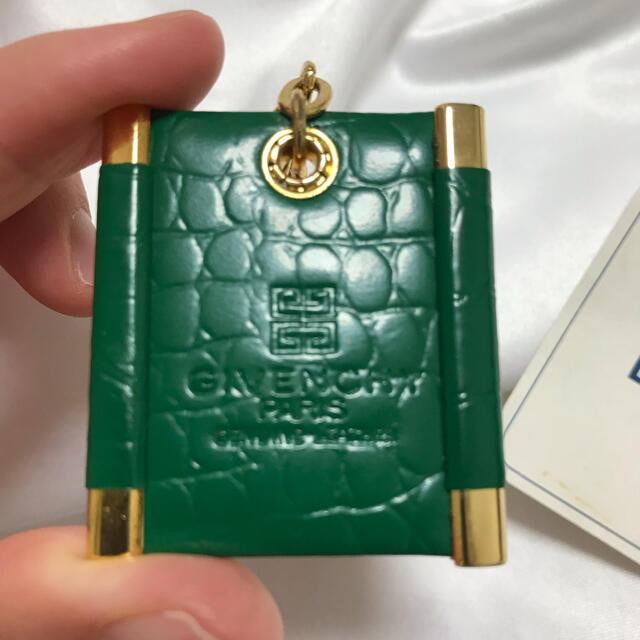 GIVENCHY(ジバンシィ)の未使用 ジバンシィ アナグラム キーケース レディースのファッション小物(キーケース)の商品写真