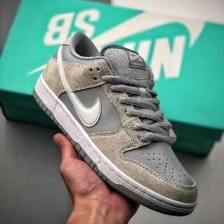 ナイキ(NIKE)の Nike SB Dunk Low Summit White Wolf Grey(スニーカー)
