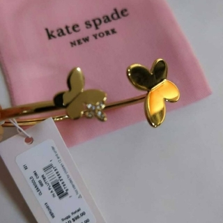 kate spade new york - 【新品】kate spade  ケイトスペード バングル ピアス  蝶