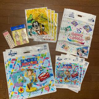 ディズニー(Disney)のディズニー 袋12枚 メモ帳 シールセット (ショップ袋)