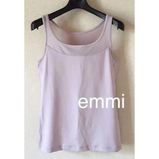 エミアトリエ(emmi atelier)の美品 emmi エミ ヨガ カップ付き タンクトップ ピンク色サイズ0 Sサイズ(ヨガ)