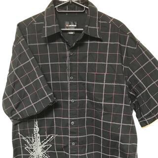 エアウォーク(AIRWALK)のAIRWALK チェック柄 ブラック 半袖シャツ Lサイズ(シャツ)