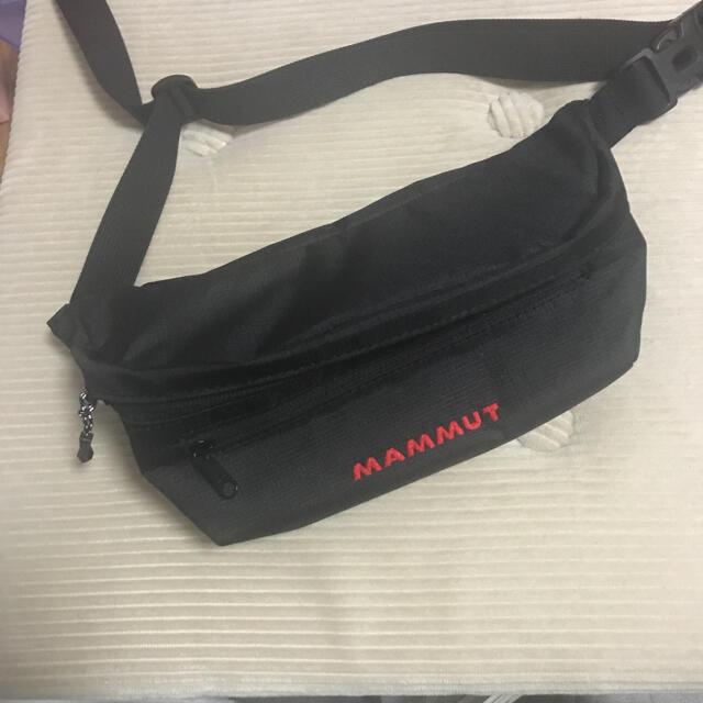 Mammut(マムート)のMAMMUT ウエストポーチブラック ランニング登山スポーツ用 メンズのバッグ(ウエストポーチ)の商品写真