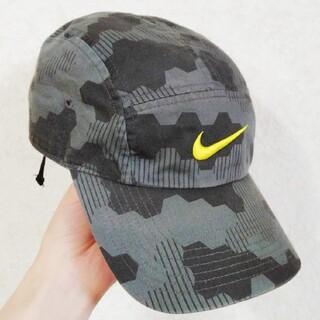 ナイキ(NIKE)のNIKEキャップキッズ用(54〜57)(帽子)
