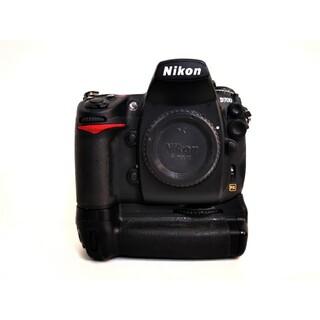 ニコン(Nikon)のNikon D700, MB-D10 (デジタル一眼)
