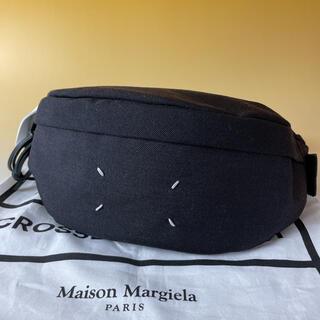 マルタンマルジェラ(Maison Martin Margiela)のMaison Margiela 極美品 黒 ボディバッグ 4ステッチ マルジェラ(ウエストポーチ)