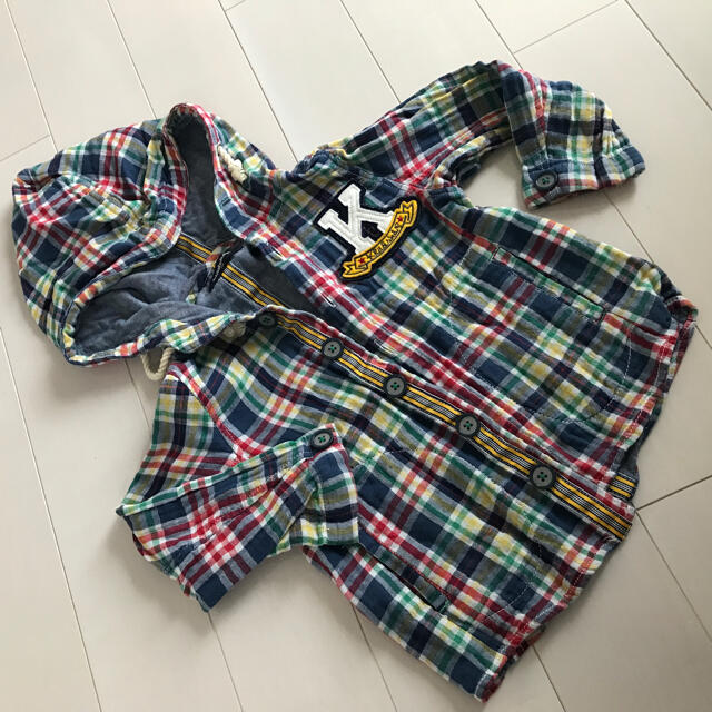 kladskap(クレードスコープ)の美品 kladskap フード付きシャツ キッズ/ベビー/マタニティのキッズ服男の子用(90cm~)(ブラウス)の商品写真