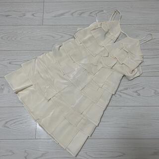 ビーシービージーマックスアズリア(BCBGMAXAZRIA)のビーシービージーマックスアズリア ワンピース ドレス(ミニワンピース)
