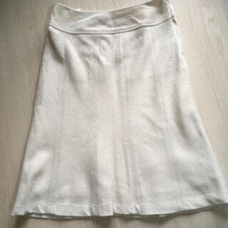 エニィスィス(anySiS)のスカート(ひざ丈スカート)