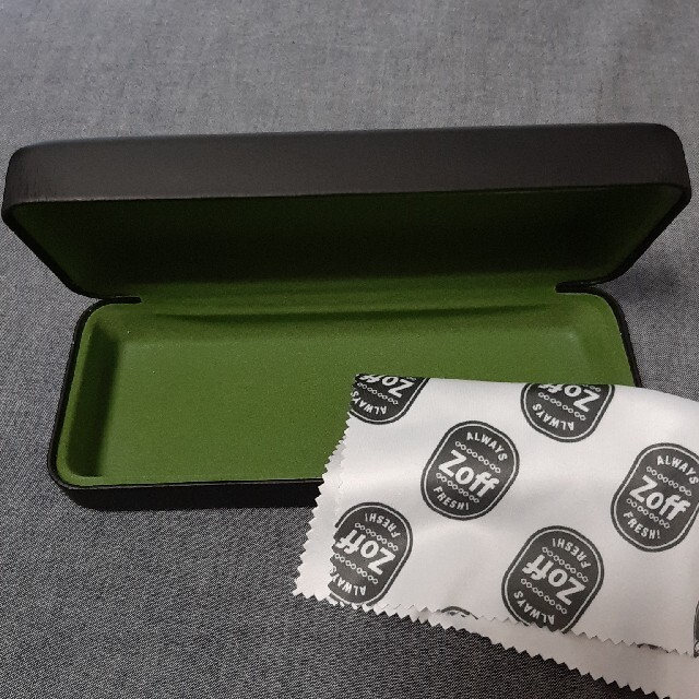 Zoff(ゾフ)のゾフメガネケース レディースのファッション小物(サングラス/メガネ)の商品写真